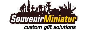 souvenir miniatur - Social Media Marketing